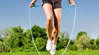 Как быстро похудеть // упражнения со скакалкой(В этом видео я показываю упражнения со скакалкой, которые вы можете использовать в своей тренировке., 2016-07-10T12:19:40.000Z)