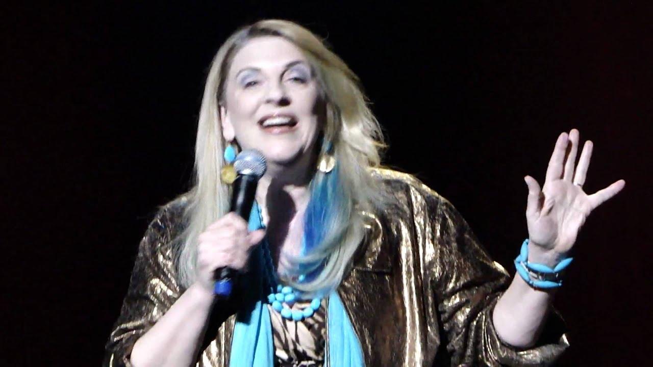 Lisa Lampinelli Live
