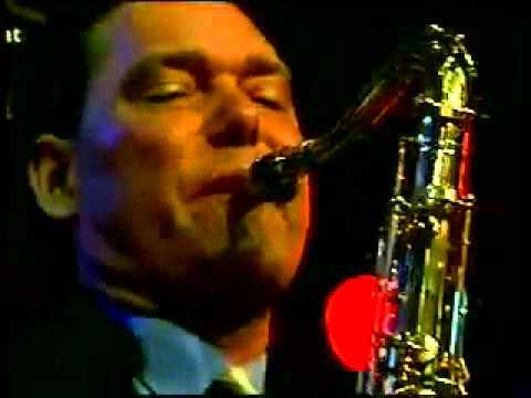 Squeeze me - Marty Grosz 2005