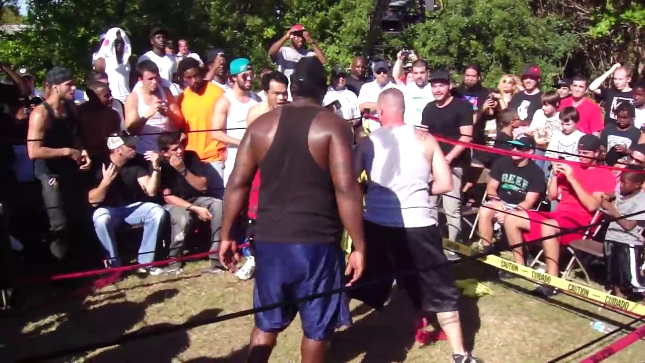 bare knuckle backyard brawl muy thai fighter vs street brawler