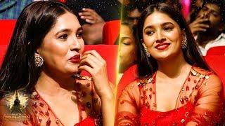 Vani Bhojan's Ever Gorgeous Candid Moments At Galatta Nakshathra Awards 2019