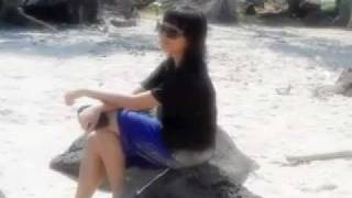 Levina devi karista - at laguna beach - lampung - Indonesia - 2011 (elsa music)