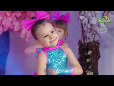 Cantec nou: Let's  DANCE - Barbie Girl