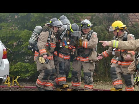 Mississauga: Fireman injured while battling house fire 3-6-2017