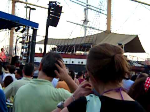 Video of South Street Seaport on July 4th 2010