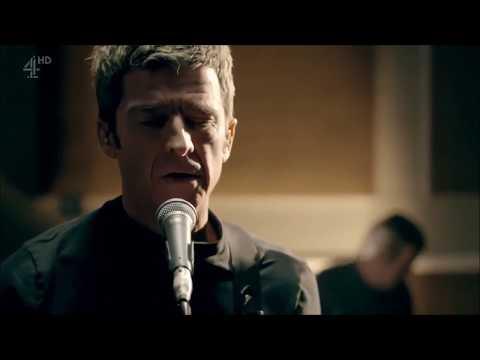 Noel Gallagher's High Flying Birds - It's A Beautiful World (Live at RAK Studios, 2017)