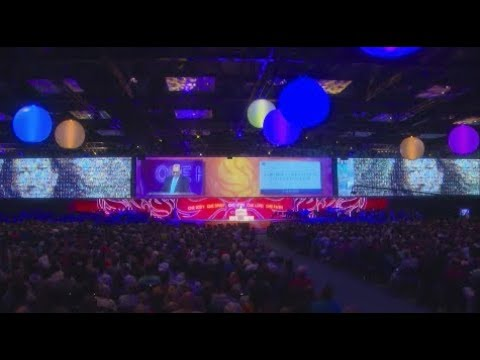 GA 2017: Thursday Evening Worship Service with Gustavo Crocker