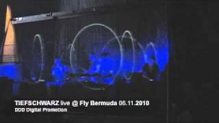 Tiefschwarz live @ Fly Bermuda - Tempelhof Berlin 06.11.2010