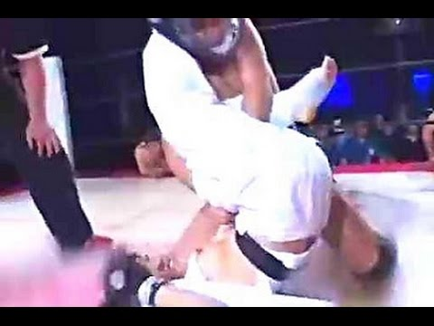 負けたら全裸!空手女子VS一般男性/After losing naked! Karate women VS men