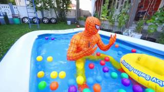 Spiderman vs Joker POOL PARTY! w- Frozen Elsa, SpiderElsa, Pink Spidergirl, Hulk & Mermaid