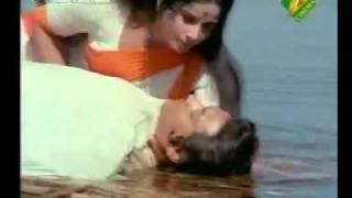 Watch RARE OF KISHORE   Bharat Ki Nari Hai Tu   NAAG PANCHMI 1972   Videos and Trailers on Chakpak com