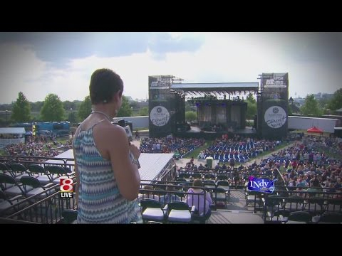 Amy the Face of MyINDY-TV has the full concert experience at White River State Park