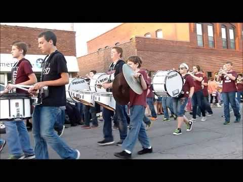 Oskaloosa Middle School Marching Band Homecoming Parade 2013