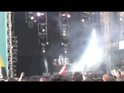 3BALLMTY - Mexico City, Corona Capital (15OCT2011) MVI 2104