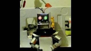 Robot Emil test animejszyn