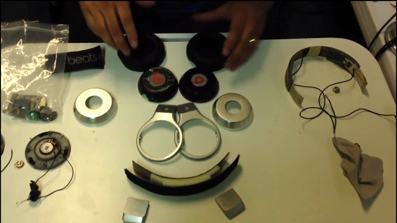 pt1 complete disassembly beats by dre pro wire mod and paint job tunechi [ 1280 x 720 Pixel ]