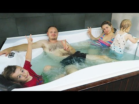 Cu Familia in Jacuzzi | Family Day Fun Ariana cu Alex la Vila