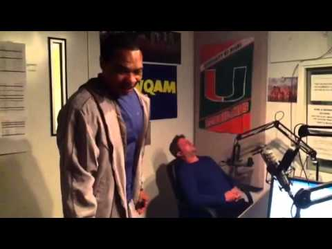Hypnotist Lenny Moore Amazes 560 WQAM Radio Listeners & Sta