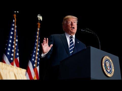 Đáng kinh ngạc: Tổng thống Donald Trump nói về ân sủng Chúa hùng hồn như một linh mục đang giảng đạo