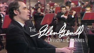 "Glenn Gould - Beethoven, Concerto No. 5 in E-flat major op.73 ""Emperor"" - Part 1 (OFFICIAL)"