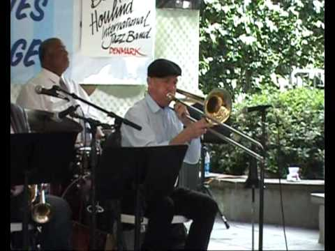 Over The Waves - Doc Houlind International Jazzband