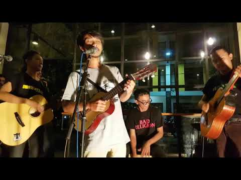 Akustik Lusa, Band Indie Indonesia Yang Keren Abis!