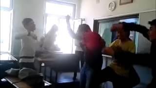 K.maraş İbrahim Çalik Lisesi Harlem Shake xD Yapim https://www.facebook.com/enes.tuzlusu1