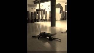 Beginner 1 level pole dance routine to Carmen Queasy by Aryanna