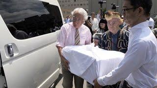北大保管のアイヌ民族遺骨12体返還 浦河へ搬送 (2016/07/15)北海道新聞