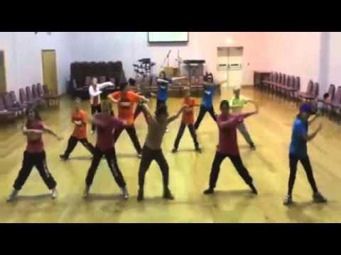 Hip Hop Dance Moves For Kids: Clean Hip Hop Fitness Songs For Kids: Santa  Shuffle