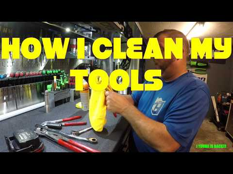 HOW I CLEAN MY TOOLS
