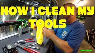 HOW I CLEAN MY TOOLS