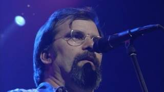 Watch Steve Earle Christmas In Washington video