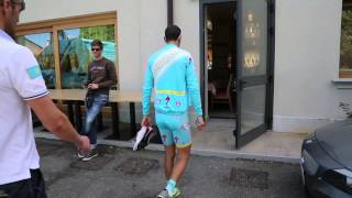 HOW THE PINK JERSEY VINCENZO NIBALI SPENT THE REST DAY AT GIRO D'ITALIA