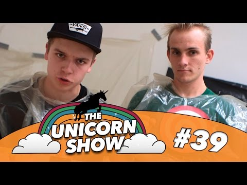 Værterne kaster med æg!? | The Unicorn Show | Ep. 39