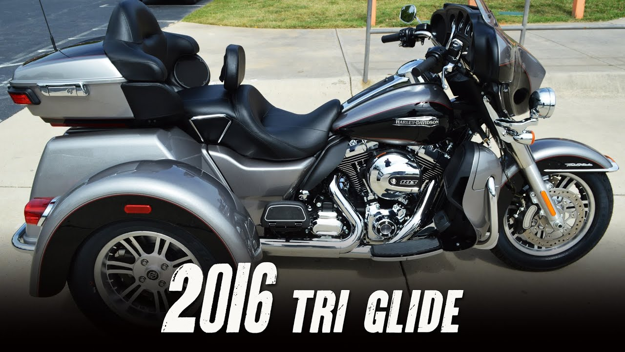 The 2016 Harley Davidson Tri Glide Ultra Provides Three: 2016 Harley-Davidson® FLHTCUTG