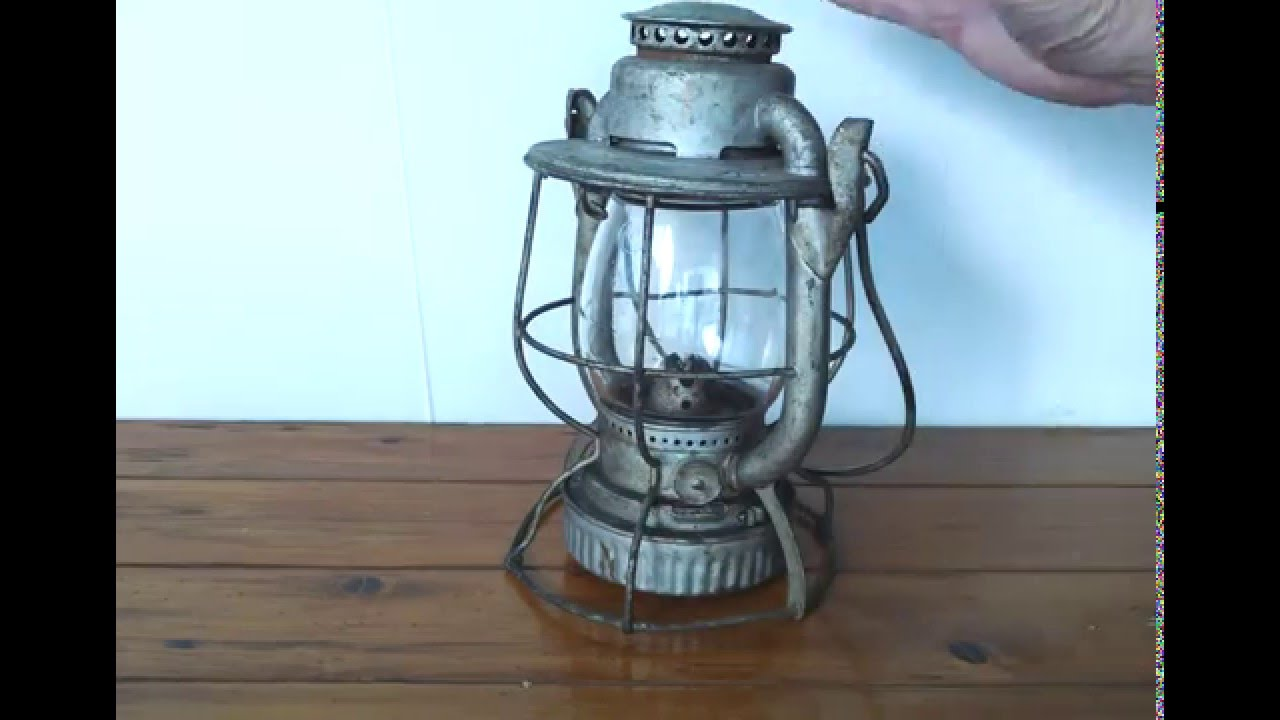 dietz vintage railroad lantern youtube. Black Bedroom Furniture Sets. Home Design Ideas
