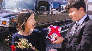 JULIAN PASA POR MI EN UNA LIMOSINA | TV Ana Emilia