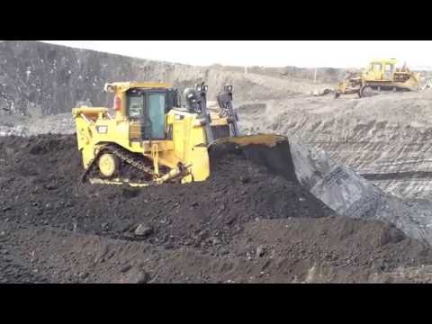 Caterpillar D9T Dozer - First Day In Coal Mines