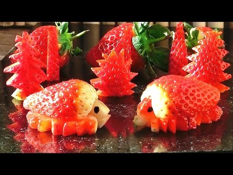 Art in strawberry turtles fruit carving garnish party for Art of food decoration