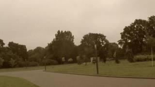 PARK NIE MOŻE SIĘ ZATRZYMAĆ! // spacer po parku z Łukaszem z Bałut