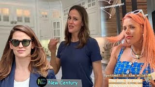"Jennifer Garner became stylish as turned her hair into a ""girl's day"" after meet with Busy Philipps"