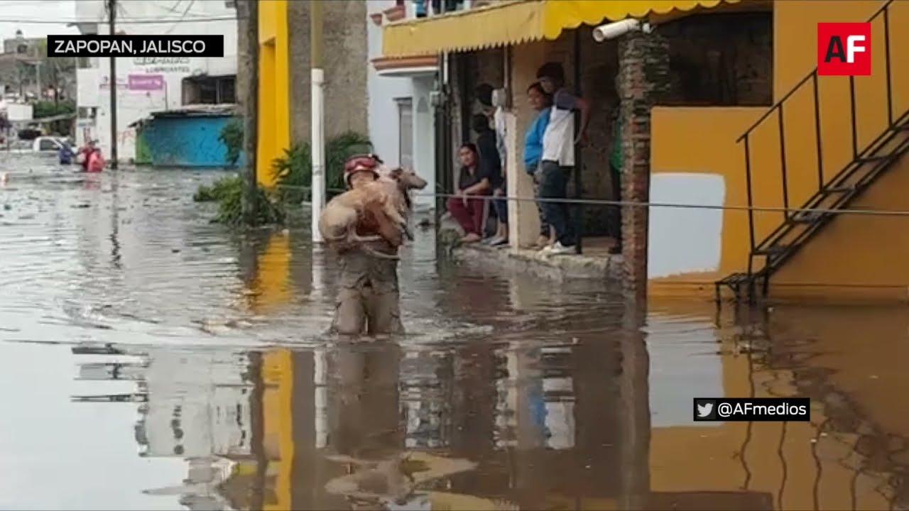 El desbordamiento del Arroyo Seco ocasionó la inundación en colonias del municipio de Zapopan, Jal