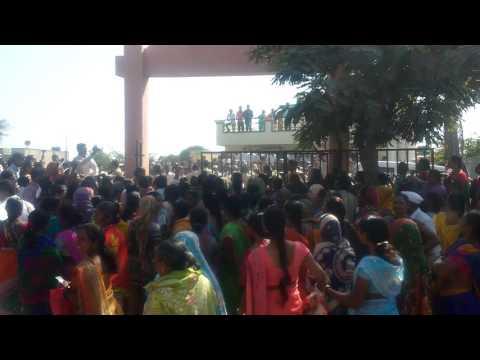 Fight for Darubandi nighoj Tal Parner Dist Ahmednagar Dr Mahendra zaware patil nighoj