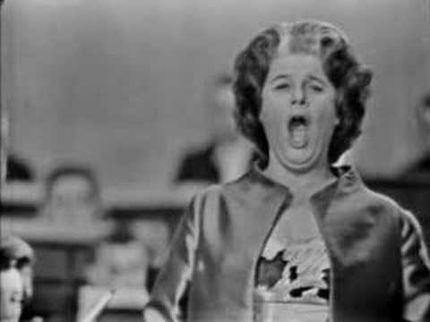 Irmgard Seefried sings Morgen