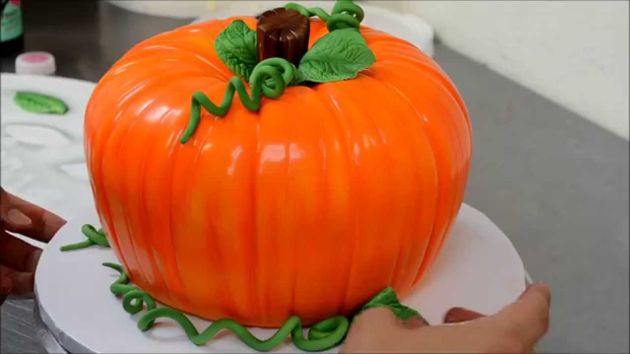 Decorating a Pumpkin Cake For Halloween - YouTube