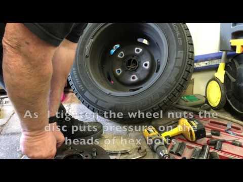 Ford Transit Mk7 (2011)  FWD Front Discs Change