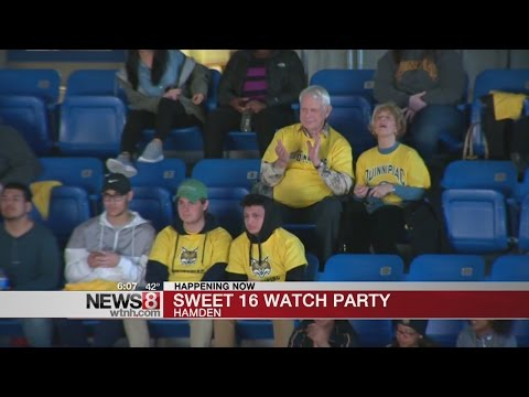 QU hosts Sweet Sixteen watch party