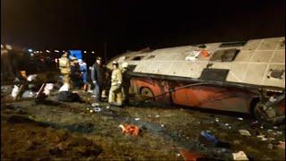 Смотреть видео В Липецкой области перевернулся автобус, следовавший по маршруту Москва - Тбилиси онлайн