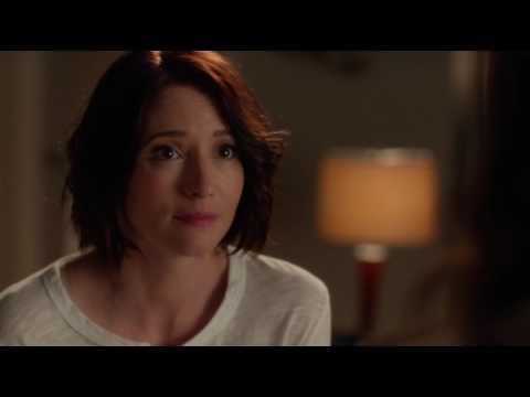 Supergirl 2x09 Alex tells Maggie Kara is supergirl